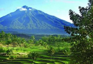 Туризм на Бали в безопасности: вулкан успокоился