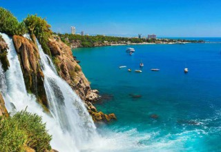 Анталия поставила рекорд: за 8 месяцев — 9 млн туристов